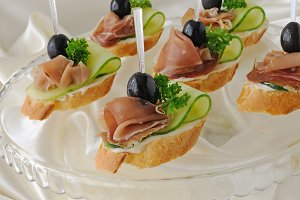 Canapes with ham