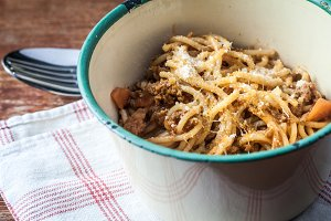 Spaghetti bolognese vintage bowl