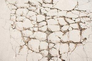 Texture cracking of concrete floor