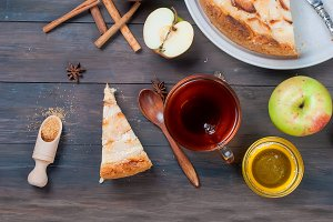 APPle pie and cup tea