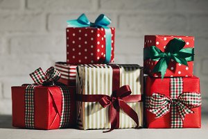 Christmas gifts horizontal toning