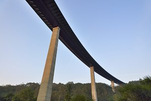 Curved viaduct