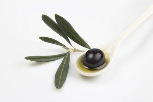 Black olive, oil