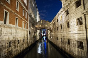 Bridge of Sighs , Venice , Italy .