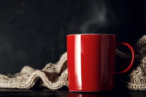 Steaming cup with scarf
