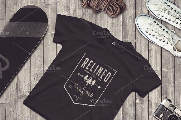 Download Travel Scene T-shirt Mock-up #19
