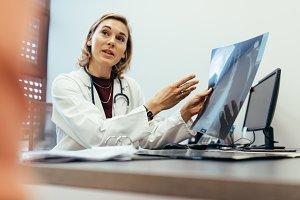 Doctor explaining checkup result