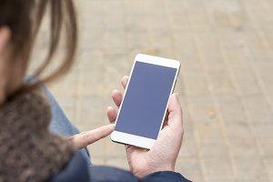 woman using smart phone i