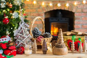 Diy Christmas: wooden toys, felt decorations