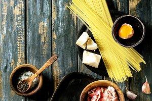 Ingredients for pasta carbonara