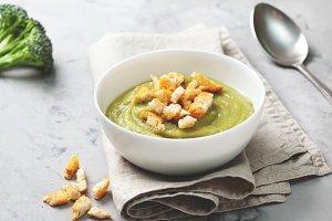 broccoli soup puree