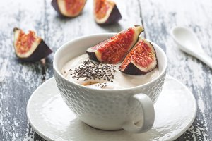 breakfast with figs
