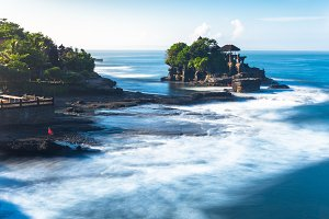 Pura Tanah Lot during sunrise, Bali