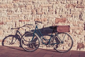 Vintage bicycle and old suitcase