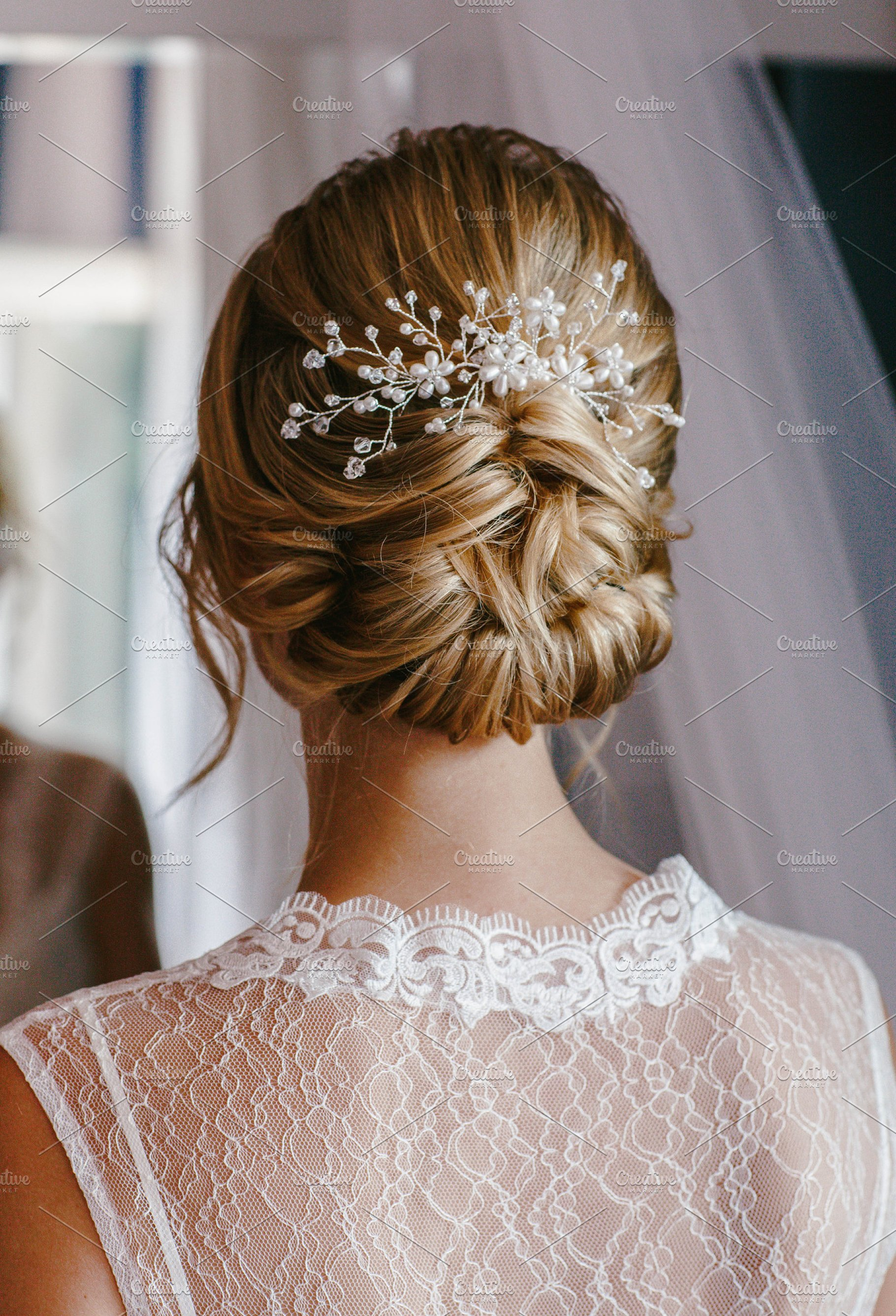 Bridesmaid hairstyle back details