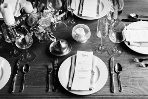 Restaurant Table Setting Service