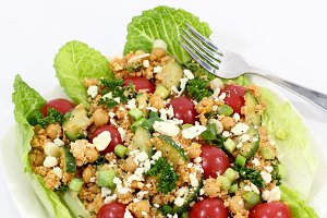 Healthy Quinoa and Chickpea Salad