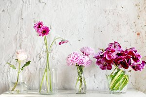 Flower arrangement in glassware