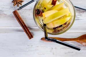 Autumn detox water with apples