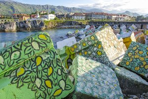 Llanes painted cubes