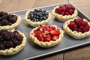 Pie shells with fresh fruit