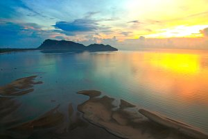beautiful sunrise of the bay