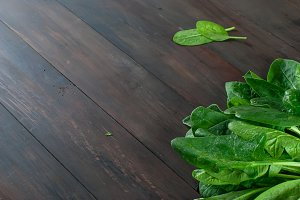 Leaves fresh spinach