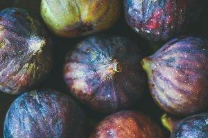 Close-up of fresh ripe purple figs