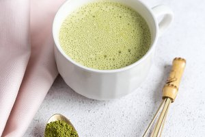Green Matcha Tea Latte