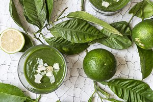 Detox healthy green smoothie