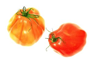 heart tomatoes isolated