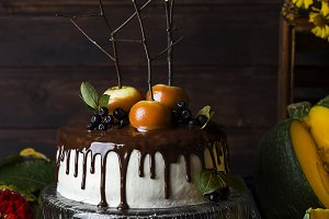 pumpkin cake with caramel apples