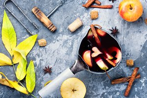 autumn alcohol drink