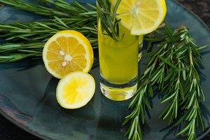Italian limoncello drink