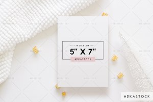 Christmas Card Mock-Up - PM038