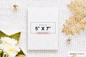 Christmas Card Mock-Up - PM039