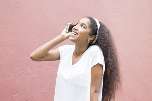 Afro girl talking on the cellphone