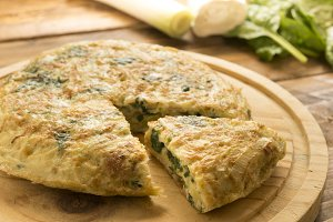 Omelette of spinach and cheese