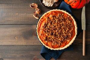 Pumpkin pie with oat pecan crust