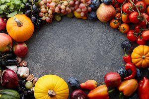 Seasonal fruits and vegetables frame