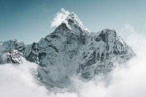 Ama Dablam peak