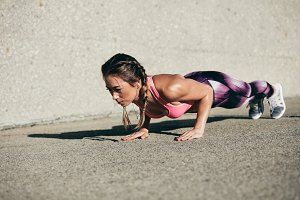 Fitness woman doing core exercise