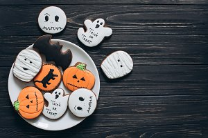 A plate with scary gingerbreads