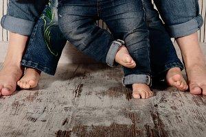 Family barefoot