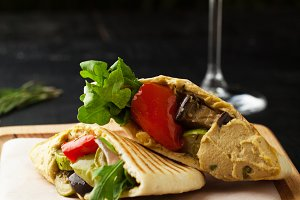Pita bread with hummus