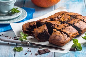 Pumpkin and chocolate swirl brownies
