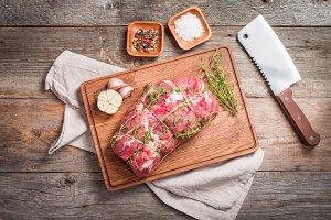 Raw roastbeef meat