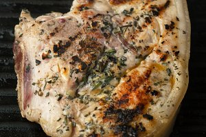 grilled pork with spices and mustard