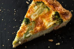 Delicious quiche with broccoli