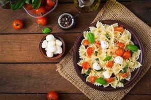 Farfalle Pasta - Caprese salad